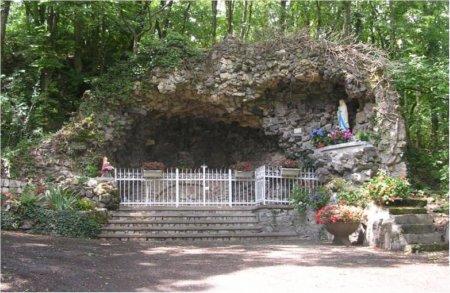 [Image: grotte-lourde-3427de6.jpg]